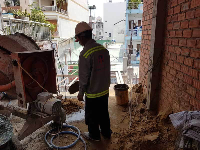 Thợ xây nhà phần thô