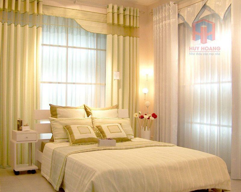 Rèm cửa và cửa sổ ảnh hưởng đến ánh sáng của phòng ngủ